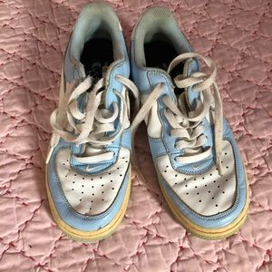 Nike air Blue and Bone almost high top size 7